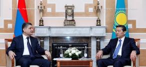 RA Govt. Prime minister Tigran Sargsyan meets with prime minister of Kazakhstan Serik Akhmetov