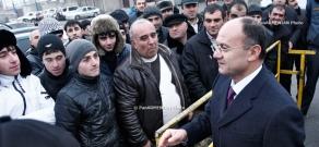 Armenian Defense Minister Seyran Ohanyan visits central assembly point