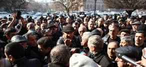 Protest of Nairit plant employees in font of RA government