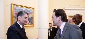 RA Govt.: Prime minister Tigran Sargsyan receives  a delegation led by World Bank Executive Director Frank Heemskerk