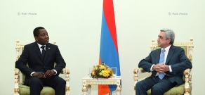 Newly appointed ambassador of Benin to Armenia hands his credentials to RA president Serzh Sargsyan
