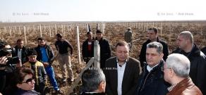 RA Govt.: Prime minister Tigran Sargsyan, Armen Yeritsyan and Sergo Karapetyan pay working visit to Armavir Province