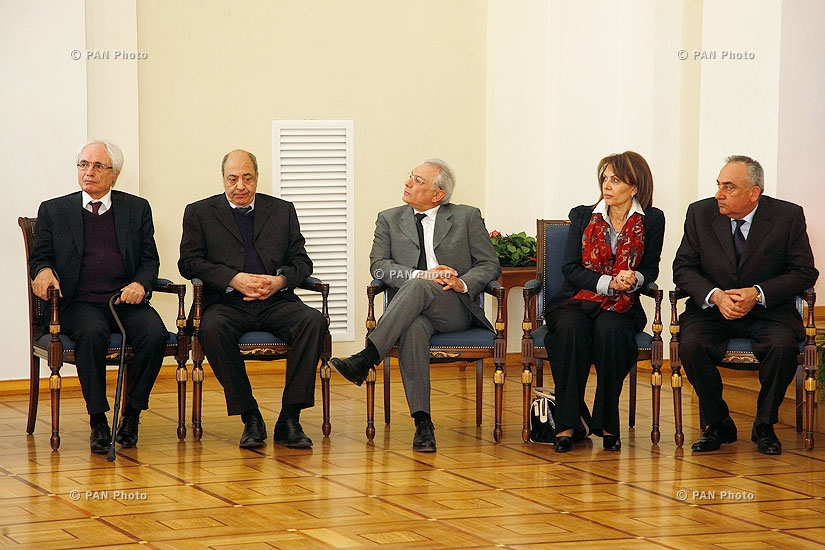 Նախագահ Սերժ Սարգսյանը հանձնել է Հայաստանի 2013թ. պետական մրցանակները