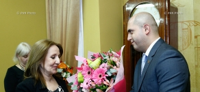 Armenian Education Minister Armen Ashotyan awards teachers