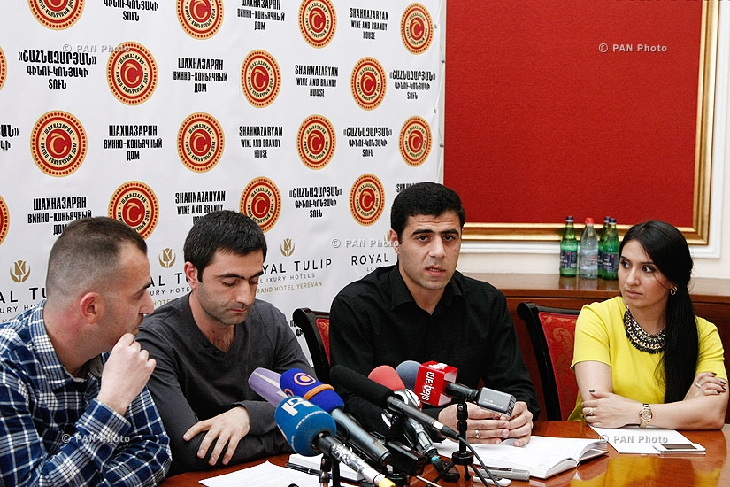 Press conference of I am against movement members
