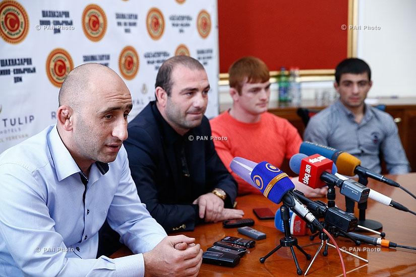 Пресс-конференция главного тренера сборной Армении по вольной борьбе Араика Багдасаряна, Базмасера Ааркеляна и борьбистов