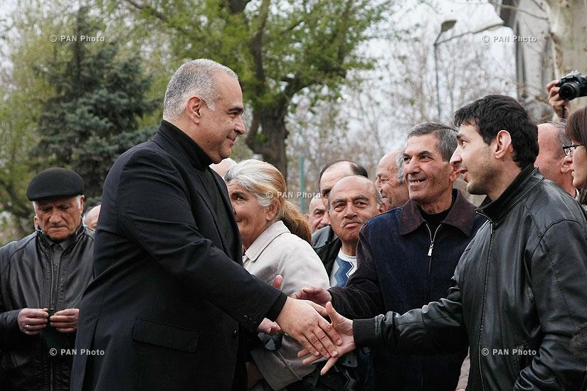Митинг лидера партии «Наследие» Рафии Ованнисяна на Площади Свободы