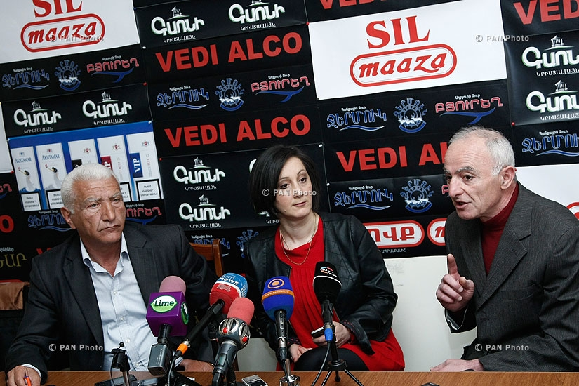 Press conference of Lyova Khachatryan (PAP) and Lernik Alexanyan (RPA)