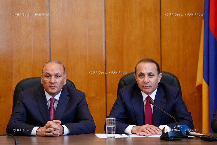 RA Govt.: Prime minister Hovik Abrahamyan introduces newly appointed Minister of Finance Gagik Khachatryan