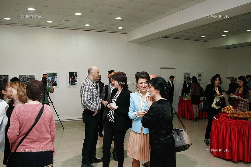 Opening of Fourth Photo Exhibition entitled Freedom of Press: the Right to Know