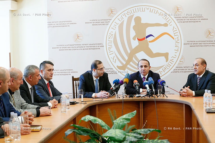 RA Govt.: Prime minister Hovik Abrahamyan introduces newly appointed Minister of  Sport and Youth Affairs Gabriel Ghazaryan