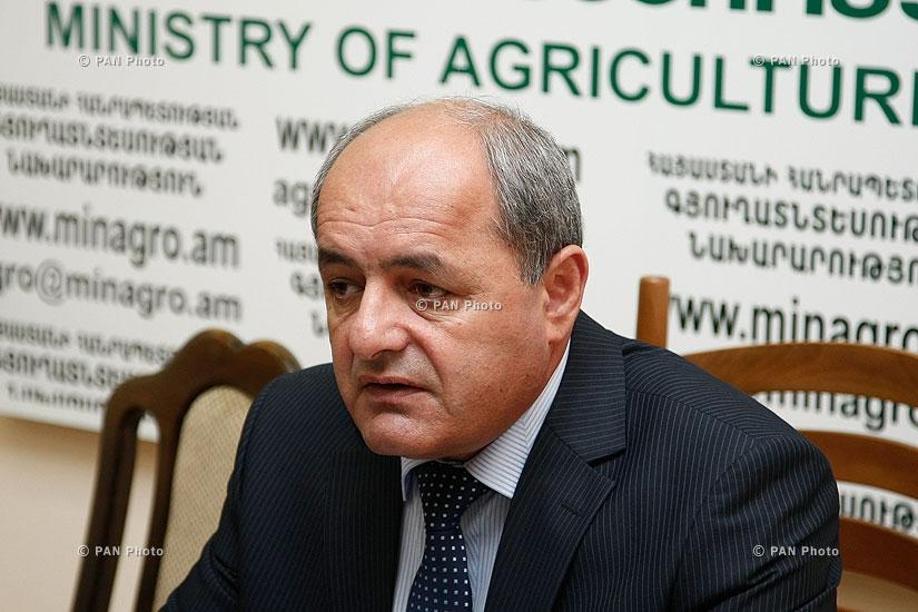 Пресс-конференция заместителя министра сельского хозяйства Армении Гарника Петросяна