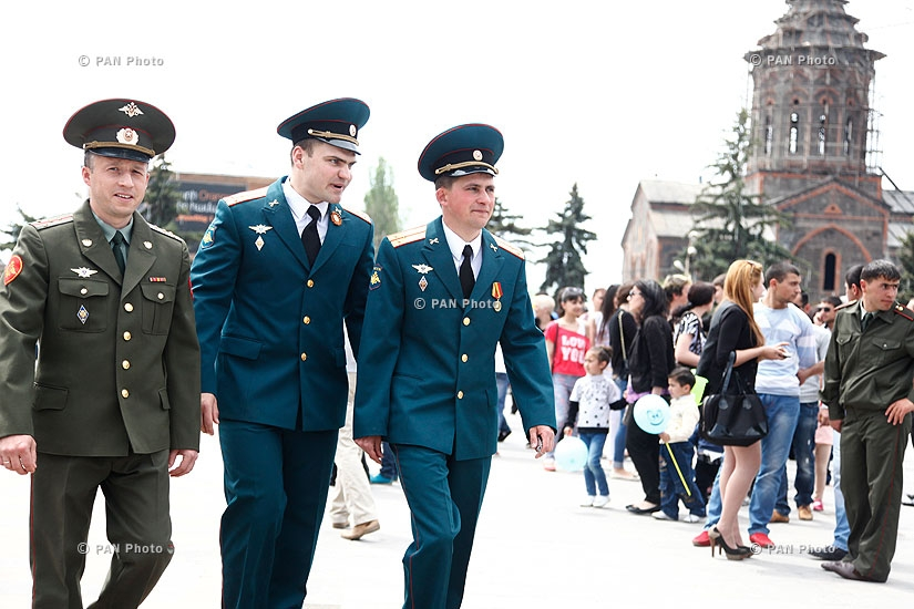 Victory Day celebrations in Gyumri