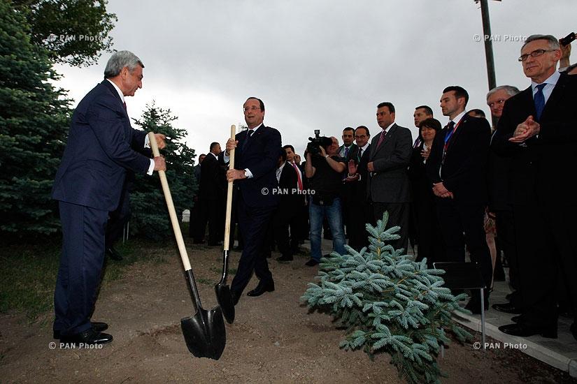 President of France François Hollande visits Tsitsernakaberd Memorial