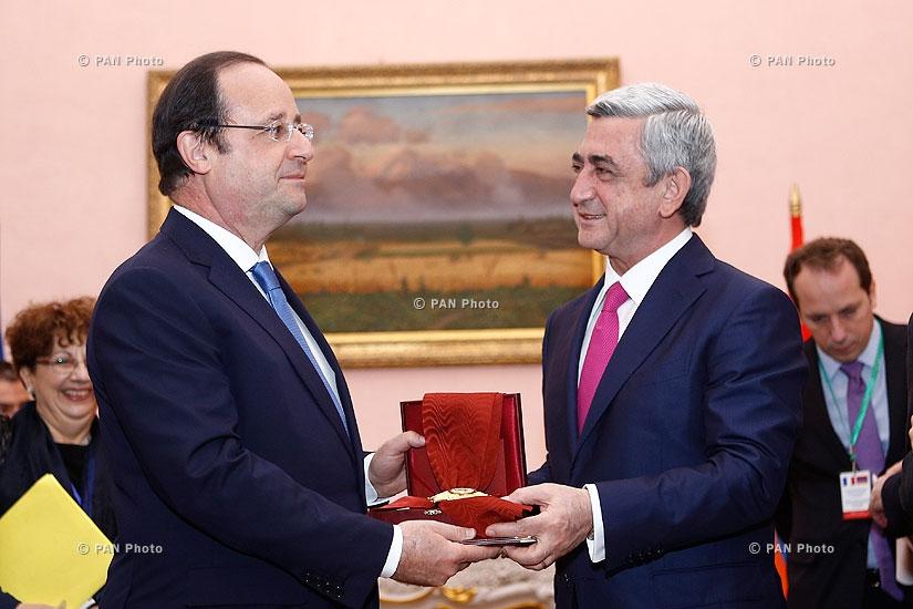 Armenian president Serzh Sargsyan receives French president François Hollande
