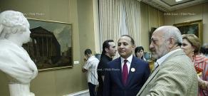 Правительство РА: В рамках мероприятия «Ночь музеев» премьер-министр посетил Национальную картинную галерею