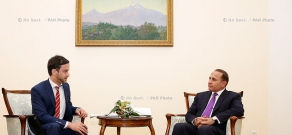 RA Govt.: PM Hovik Abrahamyan reveives UN Resident Coordinator/UNDP Resident Representative in Armenia Bradley Busetto