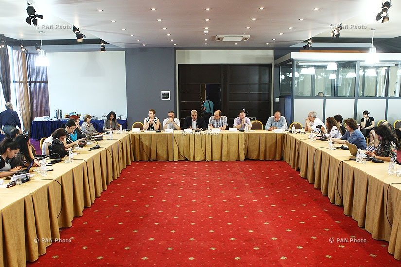 """Discussion on """"Challenges to Armenia's existence within the Eurasian Union"""""""