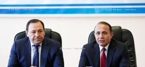 Правительство РА: Премьер Овик Абрамян представил новоназначенного председателя Государственного комитета кадастра недвижимостикомитета Мартина Саркисяна