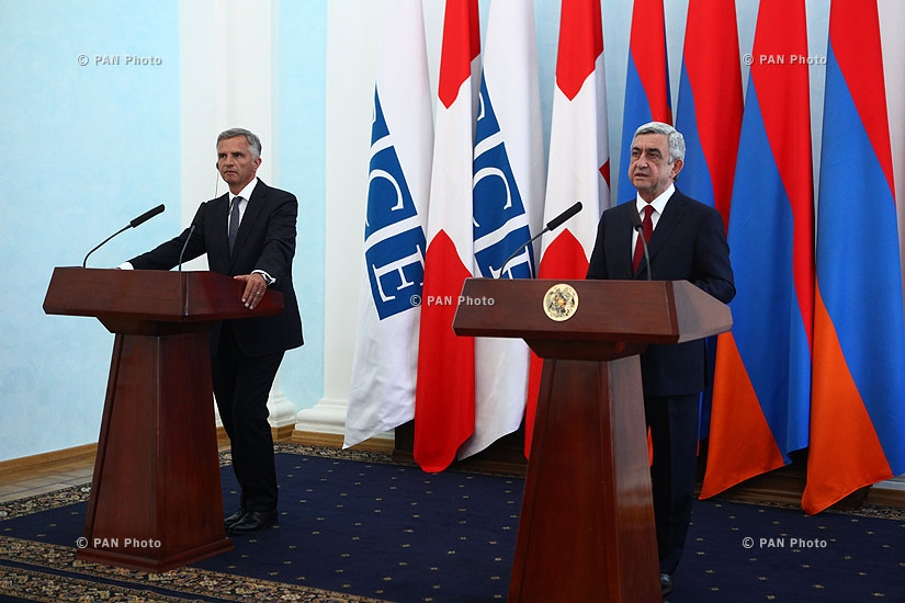 Joint press conference of Armenian and Swiss Presidents Serzh Sargsyan and Didier Burkhalter