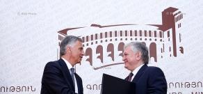 Министр иностранных дел Эдвард Налбандян и президент Швейцарии Дидье Буркхальтер подписали меморандум о взаимопонимании