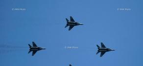 Russian airbase pilots conduct demonstration flights in Armenia