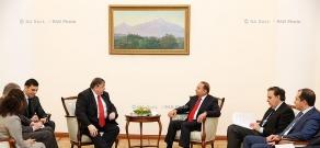 RA Govt.: Prime minister receives Member of the German Bundestag  Karl A. Lamers