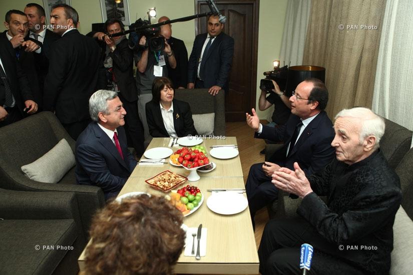 Ֆրանսիայի նախագահ Ֆրանսուա Օլանդի, ՀՀ նախագահ Սերժ Սարգսյանի և Շառլ Ազնավուրի հանդիպումը