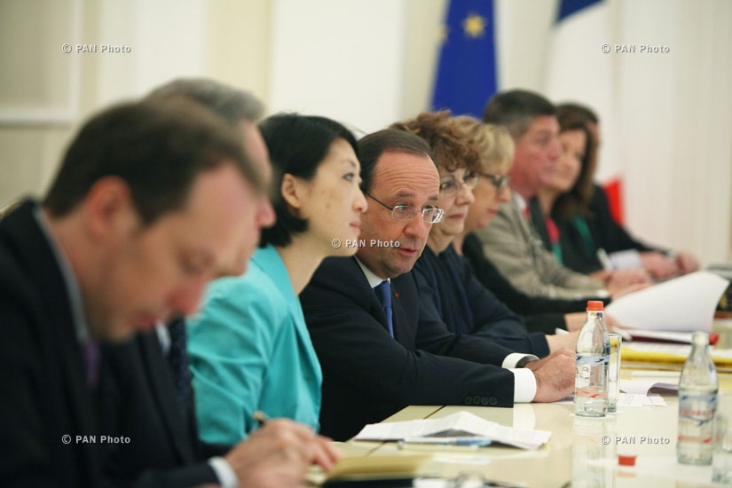 Переговоры между армянской и французской делегациями