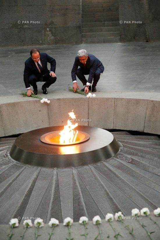 Президент Франции Франсуа Олланд посетил мемориальный комплекс Цицернакаберд