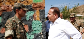 RA Govt.: Armenian PM Hovik Abrahamyan and Defense Minister Seyran Ohanyan visit border communities in Tavush Province