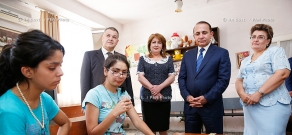 RA Govt.: PM Hovik Abrahamyan visits care center for mentally retarded children