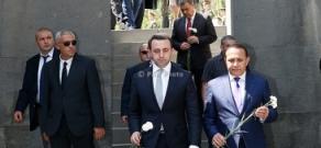Премьер-министр Грузии Ираклий Гарибашвили посетил мемориальный комплекс Цицернакаберд