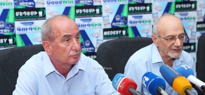 Press conference of Chairman of the Union of Poultry Breeders of Armenia Sergey Stepanyan and Armenian Consumers' Association Chairman Armen Poghosyan