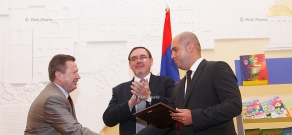 Event, dedicated to republishing and transfer of books of Russian language and literature for Armenian schools