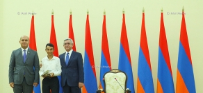 "RA President Serzh Sargsyan receives and awards participants of ""Kangaroo"" international mathematics competition 2014"