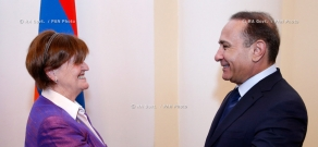RA Govt.: Armenian PM Hovik Abrahamyan meets with delegation led by Baroness Caroline Cox