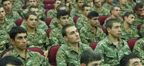 Министр обороны Армении Сейран Оганян посетил Ереванский государственный медицинский университет