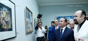 Правительство РА: Премьер Овик Абрамян принял участие в открытии выставки Даниеля Варужана Эджиняна