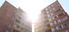 Официальная церемония открытия энергоснабженного здания на улице Даниела Варужана