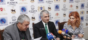 Press conference of economist Bagrat Asatryan and Chairman of the Republican Union of Employers of Armenia Gagik Makaryan