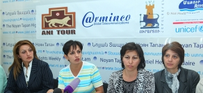 Press conference of Shant Harutyunyan's wife and son and the relatives of the  other prisoners