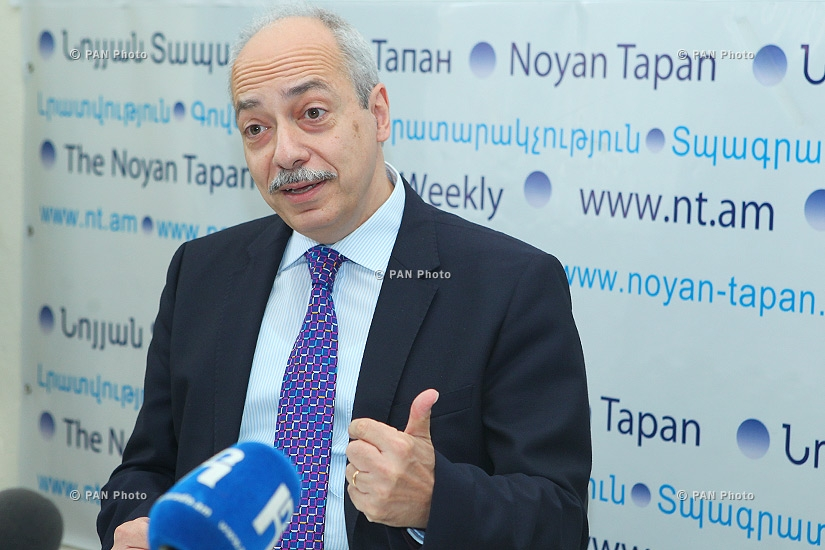 Press conference of Armenian Virtual College Chairman Yervand Zoryan