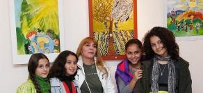 «Աշխարհը առանց պատերազմի» խորագրով մանկական աշխատանքների ցուցահանդես-մրցույթ