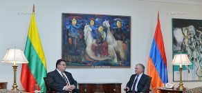 Armenian Foreign Minister Edward Nalbandyan receives Lithuanian Foreign Minister Linas Linkevičius