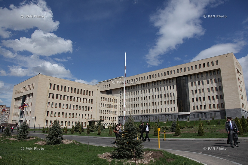Consultation meeting was held in the administrative complex of the RA Ministry of Defence, presided by RA Defence Minister Seyran Ohanyan