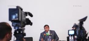 Пресс-конференция главы Федерации Футбола Армении Рубена Айрапетяна