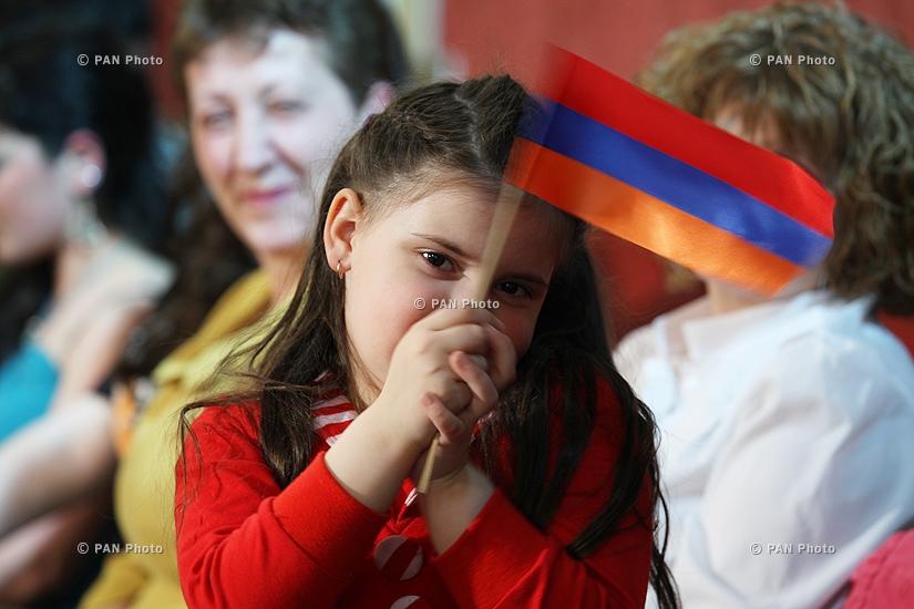 Եվրատեսիլ 2009 երգի մրցույթին նվիրված քննարկում