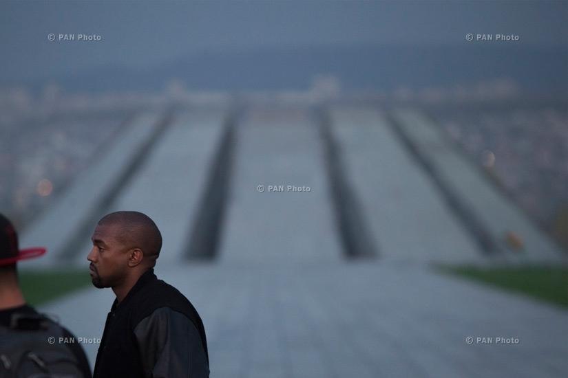 Kanye West visits Armenian genocide memorial Tsitsernakaberd