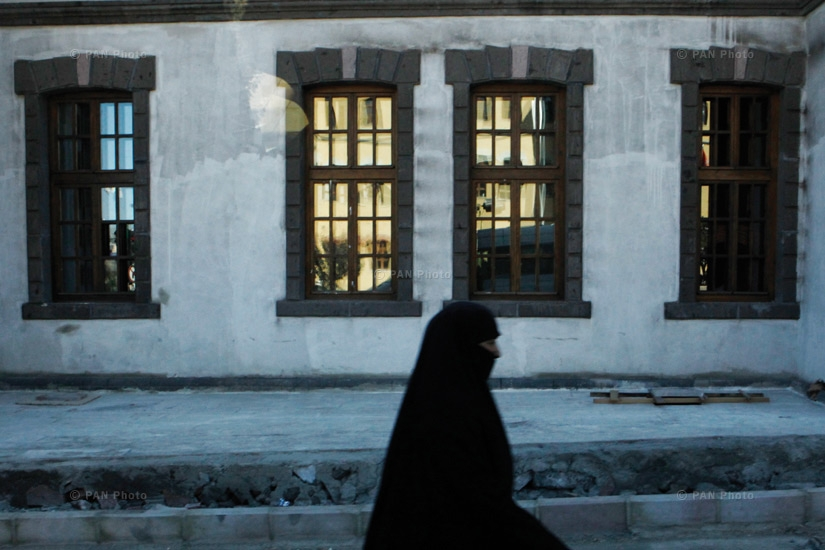 A women in a hijab on the streets of Erzrum. Erzrum is the largest city in the region, with a population of around 300,000 Turks and Azerbaijanis